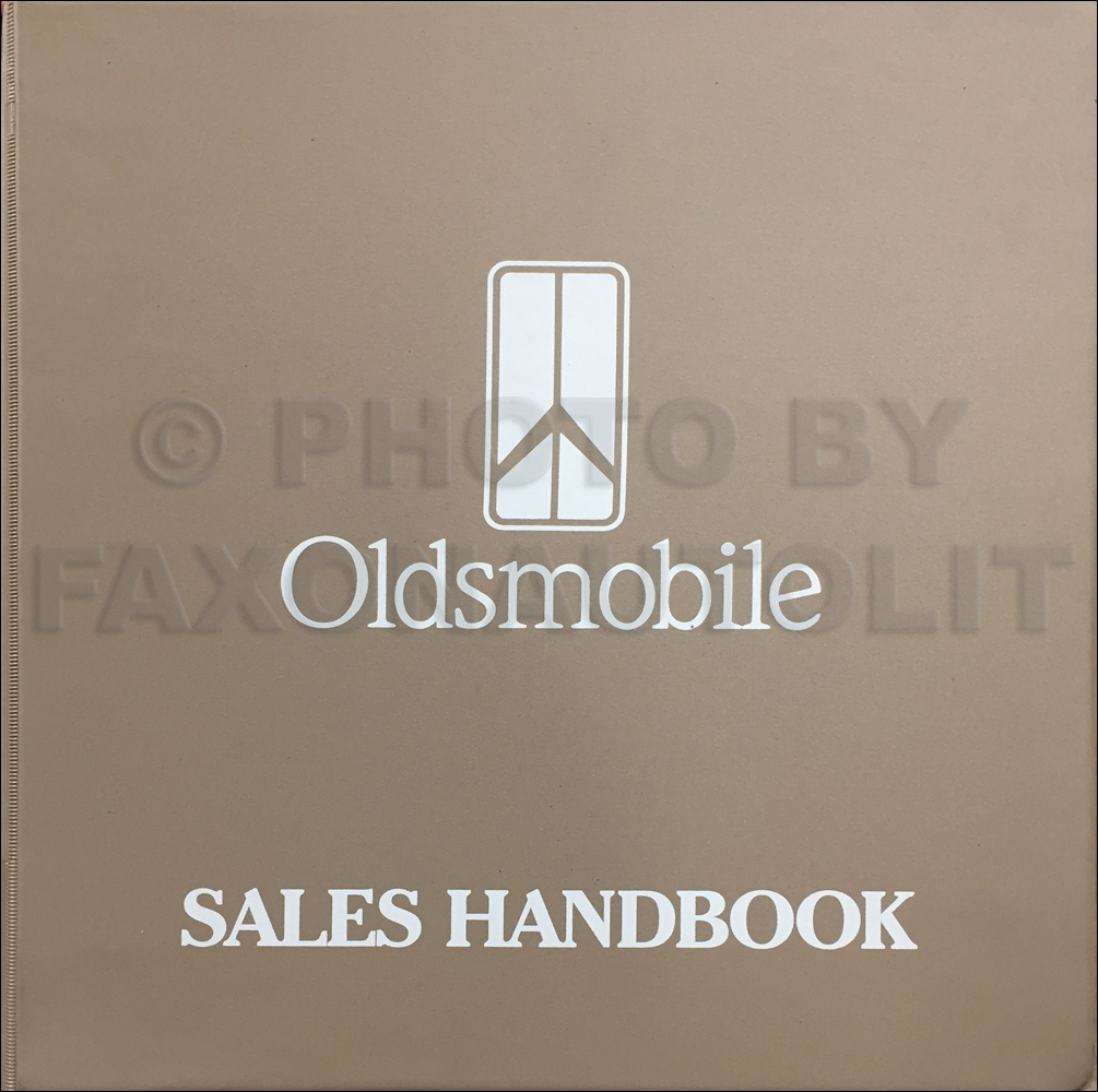 1993 Oldsmobile Color & Upholstery Dealer Album, Data Book Original CANADIAN