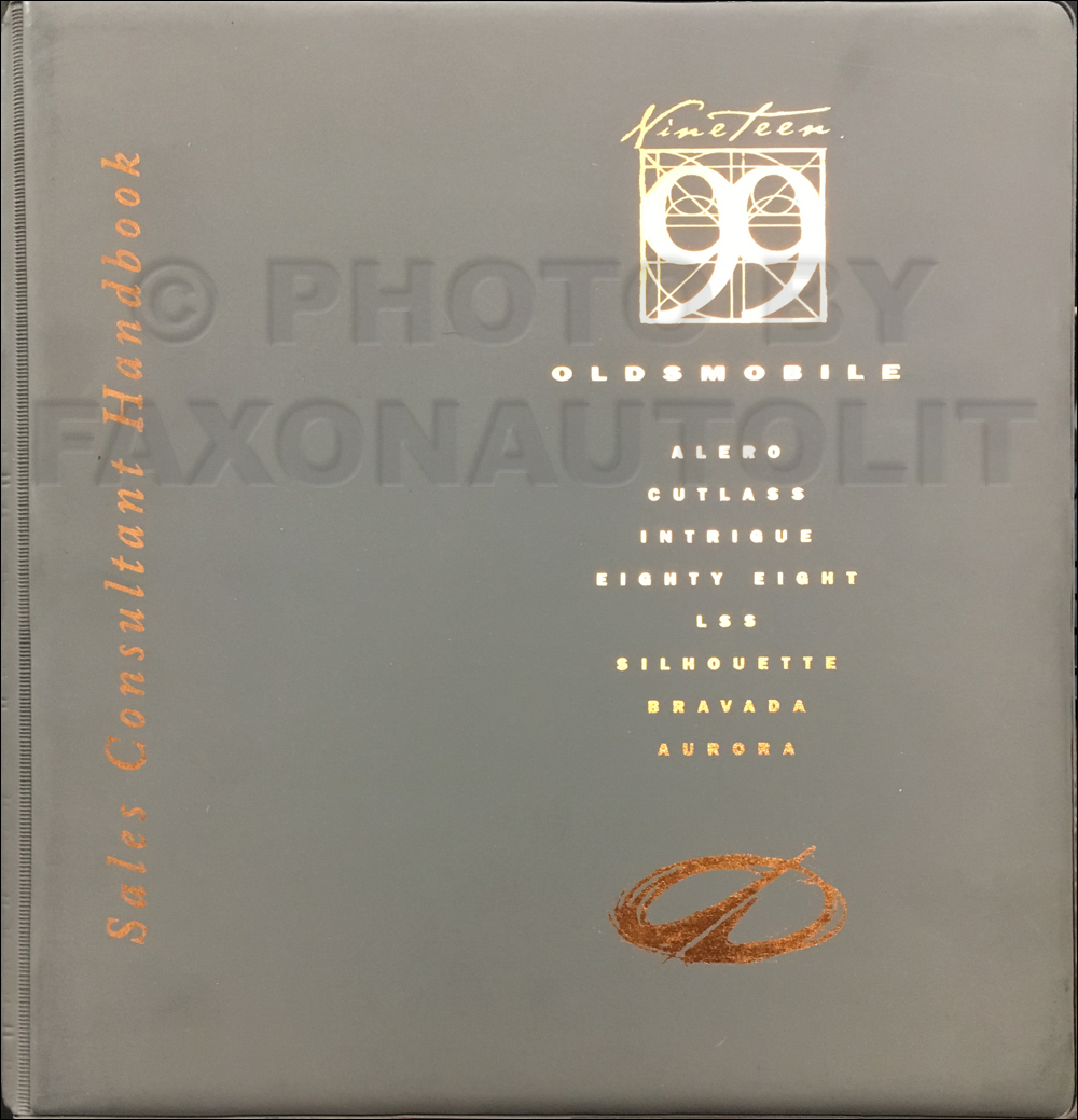 1999 Oldsmobile Color and Upholstery Dealer Album / Data Book Original